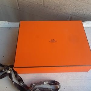 Hermes Box with Ribbon